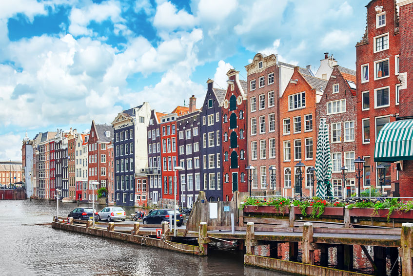 some banks will move to amsterdam